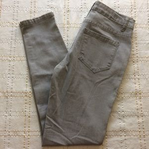 Kensie Knockout Gray Mid Rise Skinny Jeans, Size 4